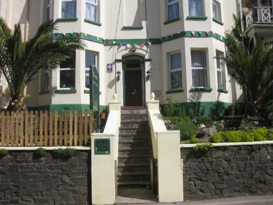 Acorns Guest House: Front of House