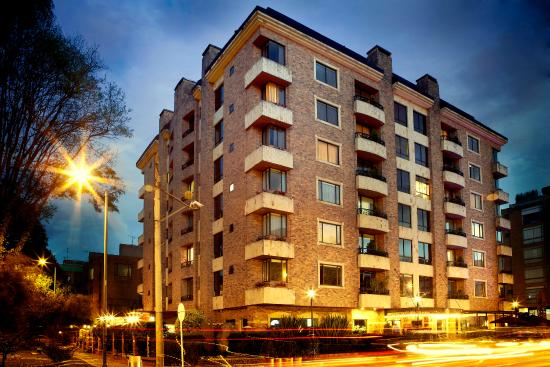 101 Park House: Hotel building