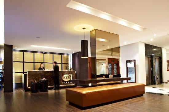 101 Park House: Reception