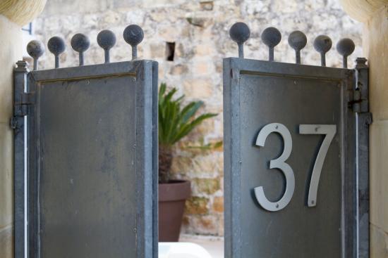 Munxar, มอลตา: Thirtyseven Hotel