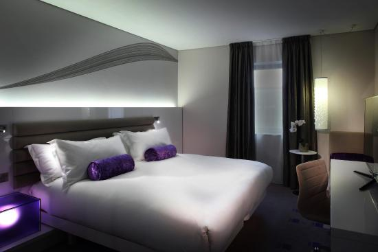 The Morrison, a DoubleTree by Hilton Hotel: Guest Room