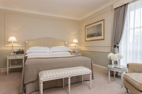 The Merrion Hotel: Standard Queen, The Garden Wing