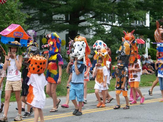 Brandon, VT: July 4th Parade on Park St.