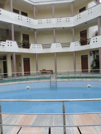 Hotel Sanctuary Resort: Well maintained Swim Pool
