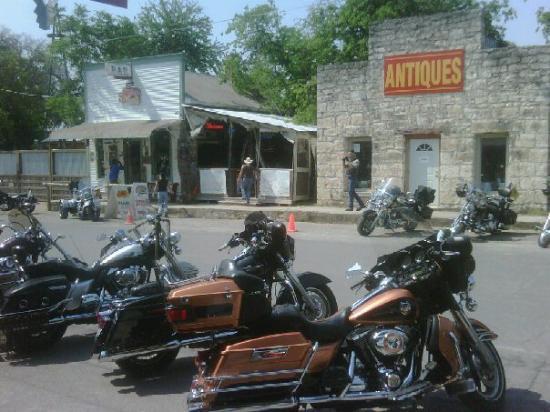 11th Street Cowboy Bar: Bandera TX.
