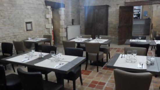Thaon, فرنسا: salle du restaurant