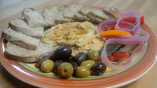 Searsport, Maine: Hummus Plate