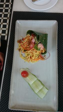 Por Cuisine: khmer papaya salad - not spicy - great original taste