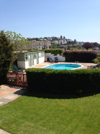 Outdoor swimming pool picture of nethway hotel torquay - Uk hotels with outdoor swimming pools ...