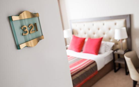 Eiffel Kennedy Hotel: Standard Room