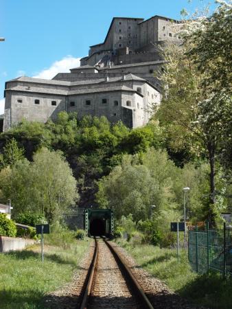 Bard, Italia: Da Hone