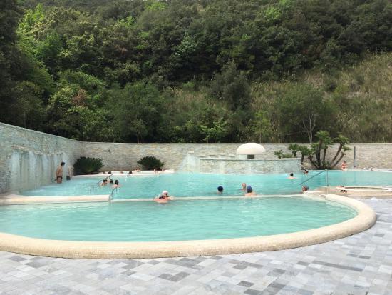 Castelforte, Italië: Piscina esterna