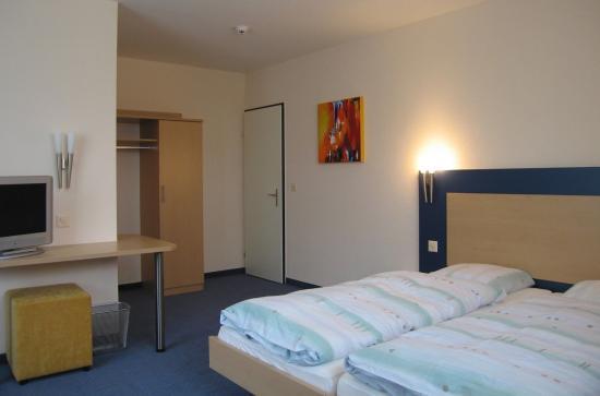 Horw, Schweiz: Double room