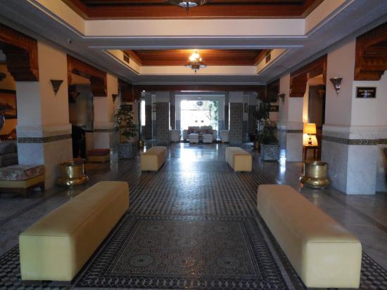 Hotel Transatlantique Meknes: Lobby
