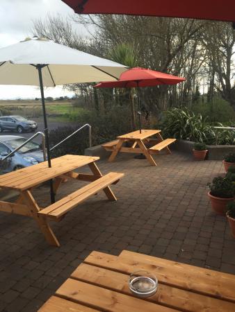 Portmarnock, Irland: Nice beer garden!😎🍻
