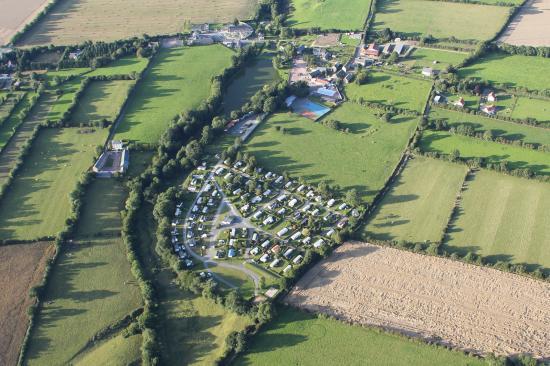 Camping L'escapade: vue aérienne