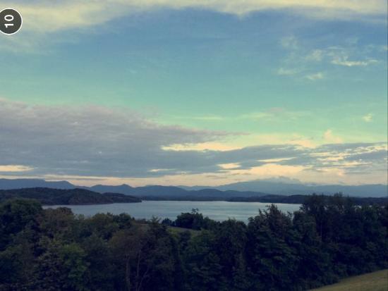 Dandridge, TN: relaxing and peaceful view