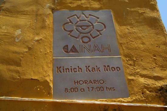 Izamal, México: The Street Sign so you don't get lost.
