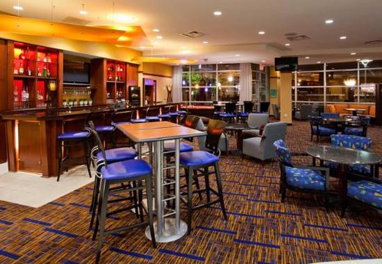 Maple Grove, MN: The Bistro Bar Seating Area
