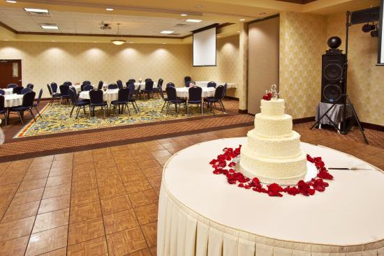Holiday Inn Quincy Ballroom 2