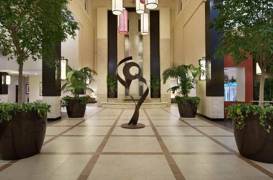 Ridgeland, MS: Atrium Lobby