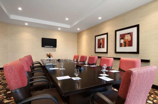 Ridgeland, MS: Board Room