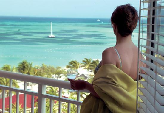Marriott's Aruba Surf Club: Villa Balcony