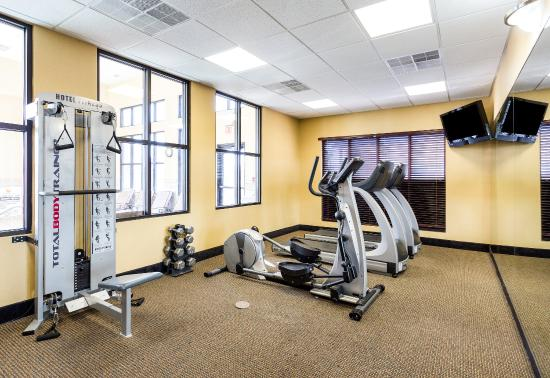 Comfort Inn and Suites: Fitness Room
