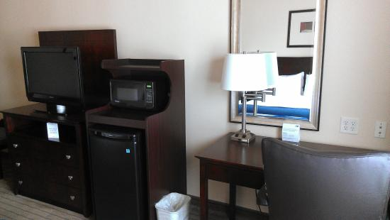 Holiday Inn Express & Suites Marshall: Room Feature