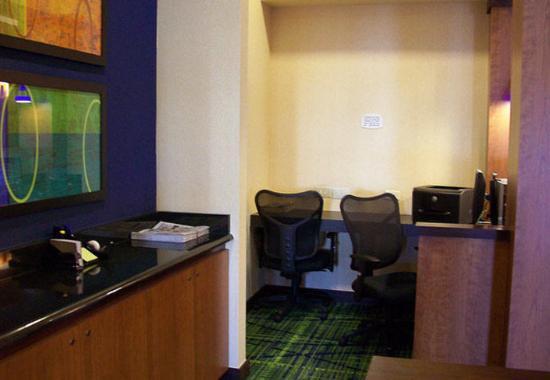 Strasburg, VA: Business Center