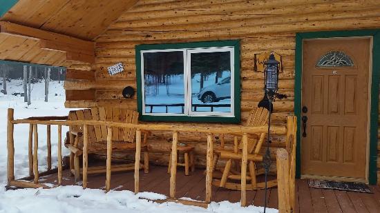 Tok, AK: Log Cabin Wilderness Lodge