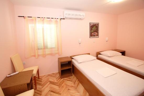 Stobrec, Kroatië: Double room