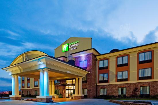 Photo of Holiday Inn Express Hotel & Suites Salem