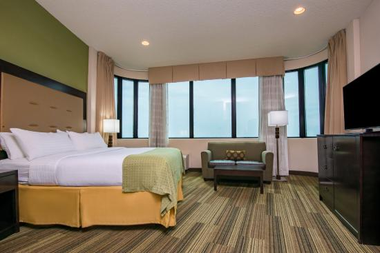 Gretna, LA: 14th Floor King Guest Room