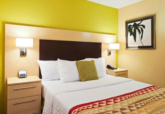 Easton, Pensilvania: Two-Bedroom Suite Bedroom