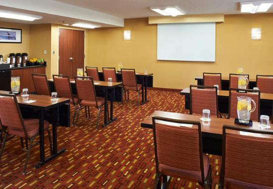 Troy, ميتشجان: Meeting Room - Classroom Setup