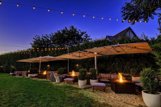 The Montauk Beach House: Garden cabanas