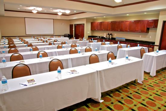 Duncanville, TX: We can host up to 50 for a training meeting.