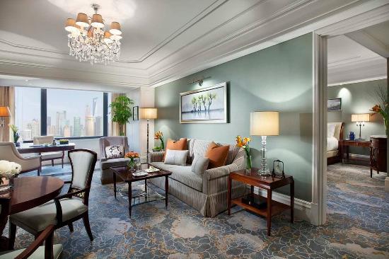 Waldorf Astoria Shanghai on the Bund: Luxury River Suite