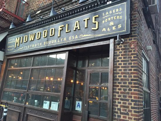 Photo of American Restaurant Midwood Flats at 577 Flatbush Ave, Brooklyn, NY 11225, United States