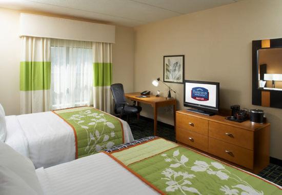Cumberland, Maryland: Queen/Queen Guest Room