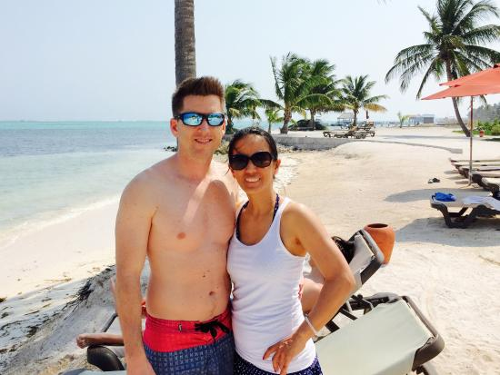 Grand Caribe Belize Resort and Condominiums: Beach was kept clean and very quiet!