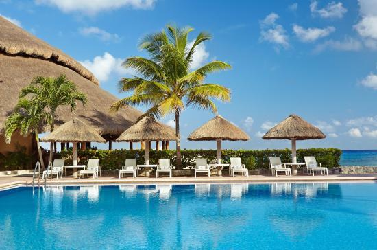 Presidente Inter-Continental Cozumel Resort & Spa: Main Pool