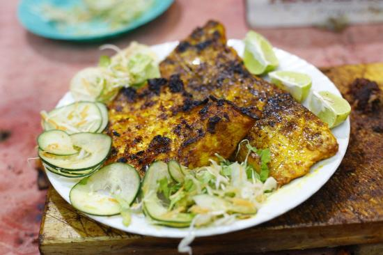 Mehboob's BBQ: The only barbeque in arusha serves best  barbeque fish, fish fillet(must try)