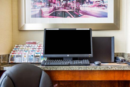 Woodside, نيويورك: Computer