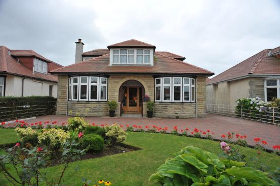 Photo of Whin Park Guest House Largs