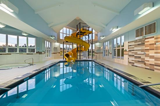 Deer Lake, Canadá: Enjoy our Indoor Pool from 5:30 am to 11:00 pm