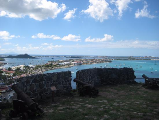 Marigot, Άγιος Μαρτίνος: Canons