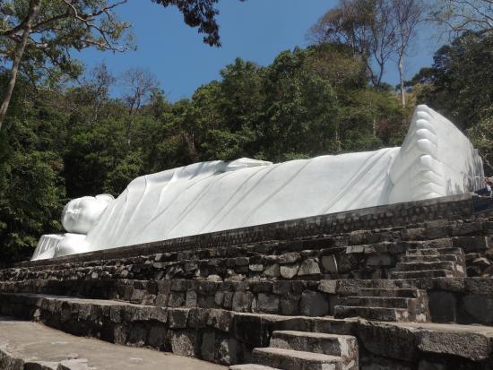 Phan Thiet, Vietnam: Le Bouddha Couché