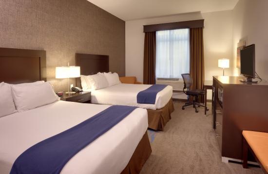 2 Queen beds -Holiday Inn Express & Suites, Overland Park, KS